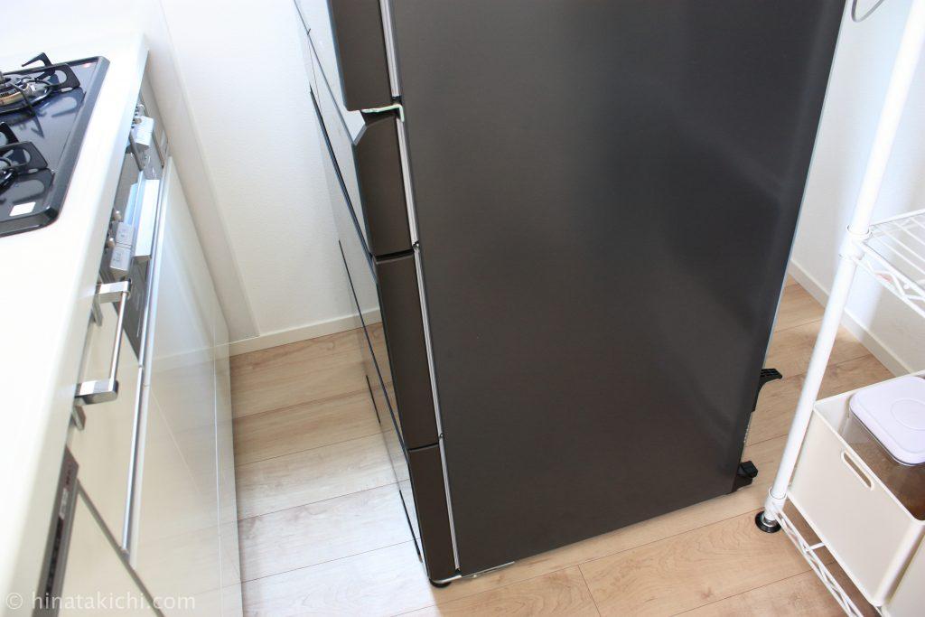 冷蔵庫を移動して掃除