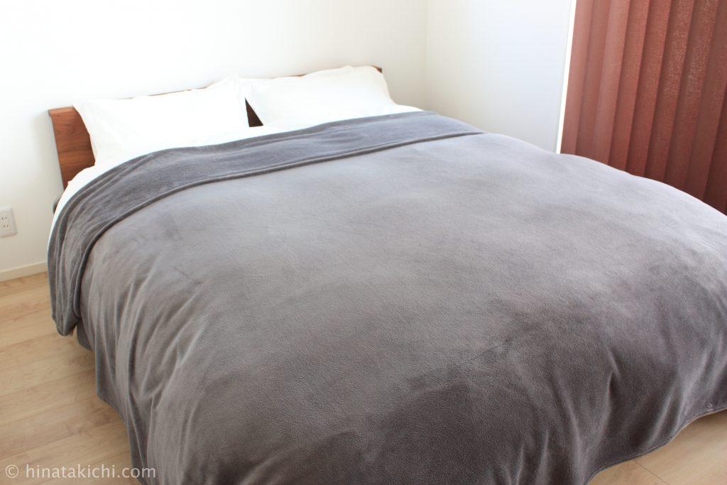 IKEAのベッドカバーTRATTVIVA