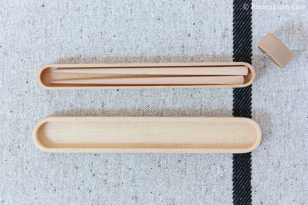 曲げわっぱのお弁当箱と木のお箸